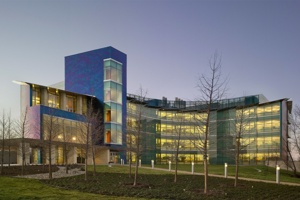 Natural Science Engineering and Research Laboratory (NSERL) at the University of Texas, Dallas. The overlapping colorful anodized stainless steel shingles cover 15 percent of the building's surface.